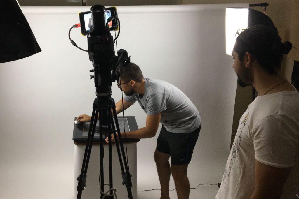 Rodaje de vídeo corporativo para la empresa de i+d+i - productora audiovisual Alicante - agencia de publicidad, estudio de diseño y comunicación corporativa